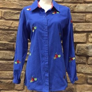 Quacker Factory Embroidery Apple Shirt button down